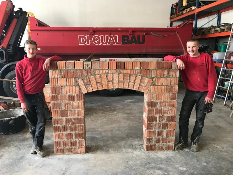 Bauunternehmen Di-Qual, Zwischenprüfungen Lehrlinge