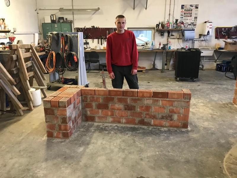 Bauunternehmen Di-Qual, Zwischenprüfung Lehrlinge